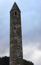 Glendalough_Round_Tower_060